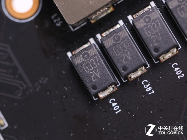 小菜硬件杂谈 显卡的供电系统是怎样的